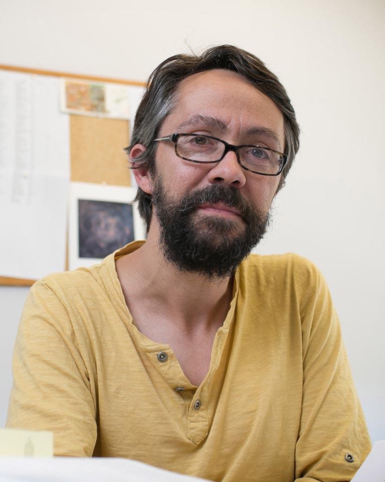 Iñaky Permanyer / Ayuda en Ciencias Jurídicas
