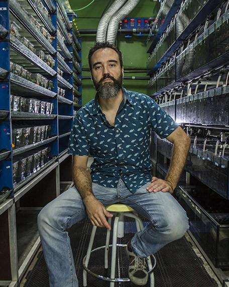 Juan-Jesús-Tena-Aguilar-Beca-Leonardo-Biomedicina-2019
