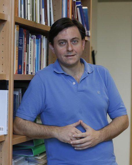 Juan-Ignacio-Criado-Ayuda-C.-Sociales-02-copia