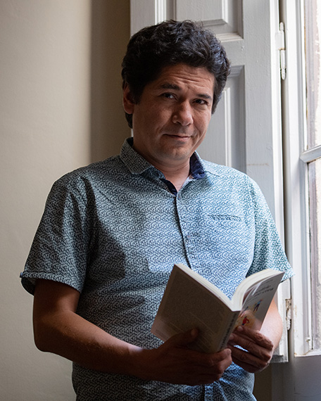 Juan-Pablo-Villalobos-Alva-Becas-Leonardo-Creacion-Literaria-y-Artes-Escénicas-2019