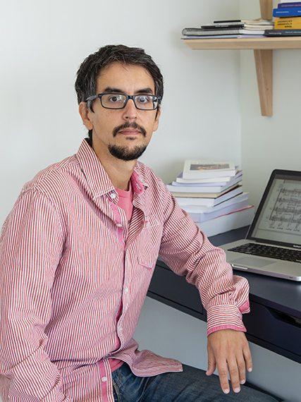Fernando-Villanueva-Beca-Leonardo-2020-Imusica-opera-427×576
